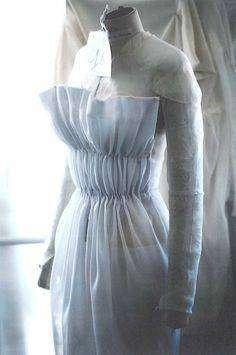 toile par moulage atelier Dior