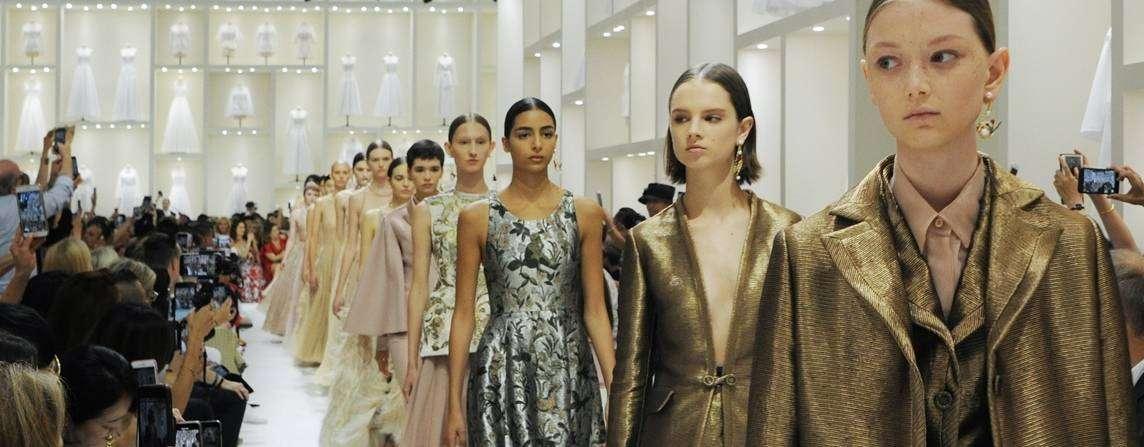 c6cdaaf46201 Défilés Créateurs   Haute couture - InterStyleParis ™ - Le portail ...